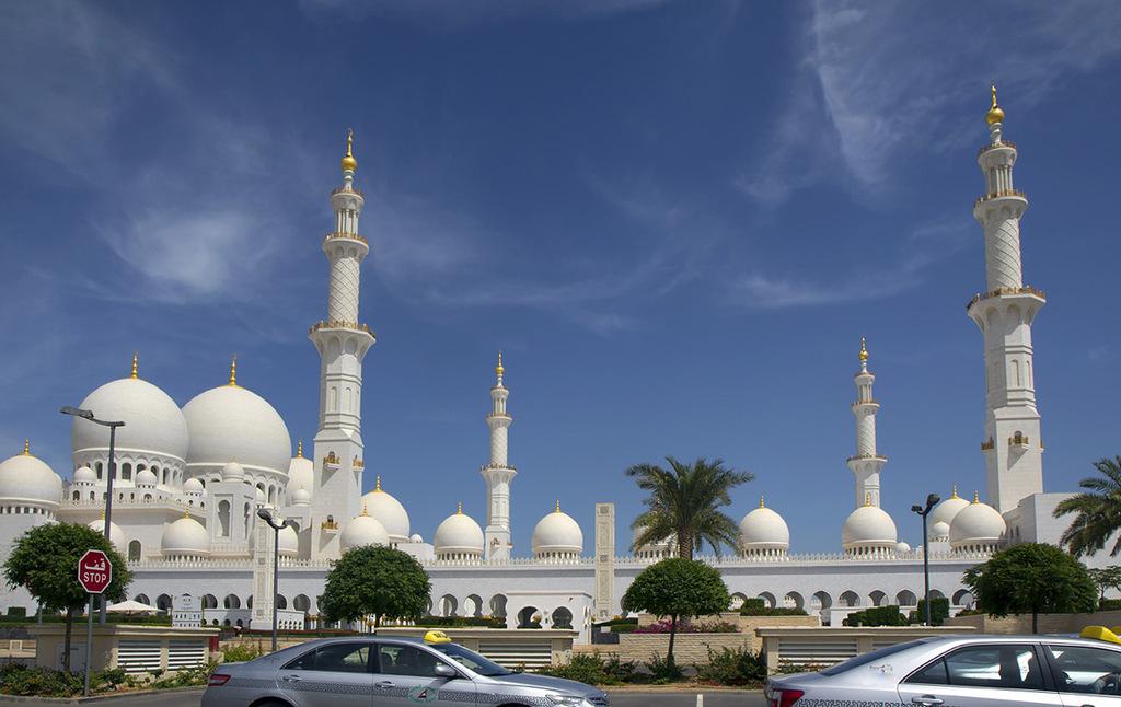 Мечеть Абу-Даби