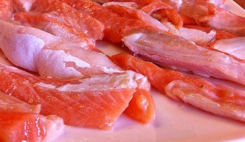 Польза рыбьего жира! Слабосоленая семга в домашних условиях!