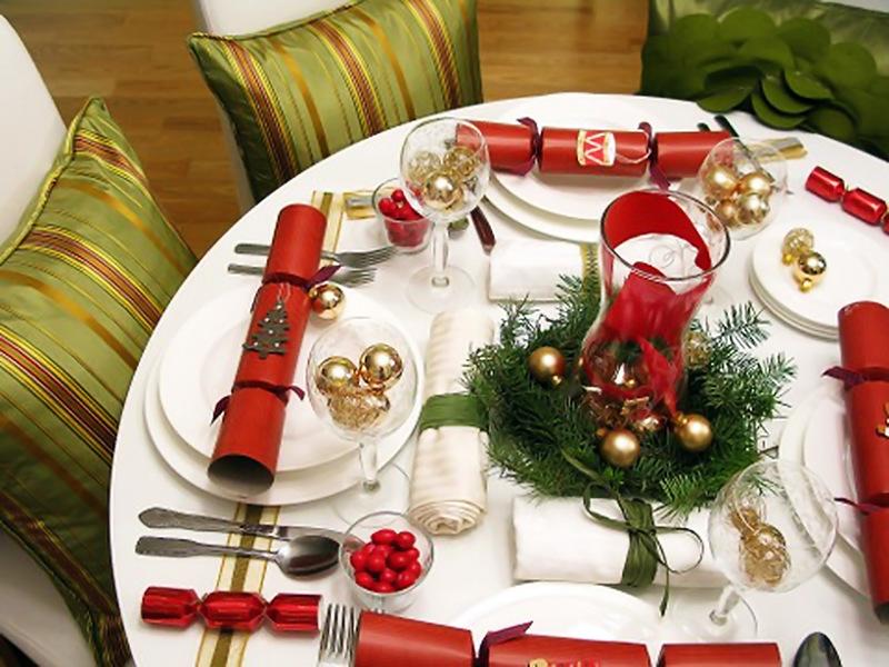 Новый год украшаем стол своими руками фото