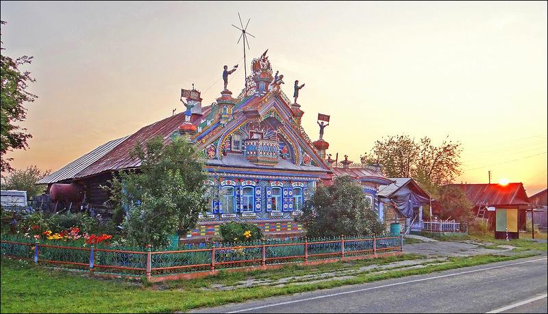 Сказочный дом -  теремок кузнеца Кириллова на Урале!