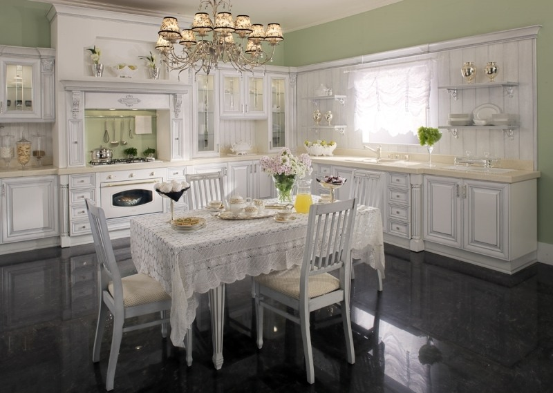 Уютная и комфортная кухня, мечта любой хозяйки!