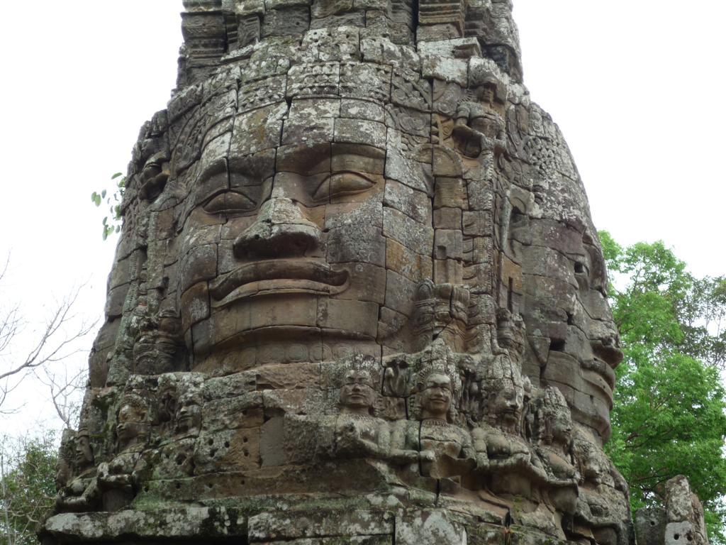 Angkor Wat - Древний Храм Ta Prohm в Камбодже