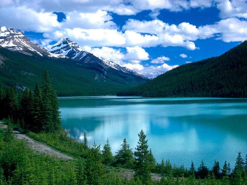 Изумрудное озеро, или озеро Луизы! Канада