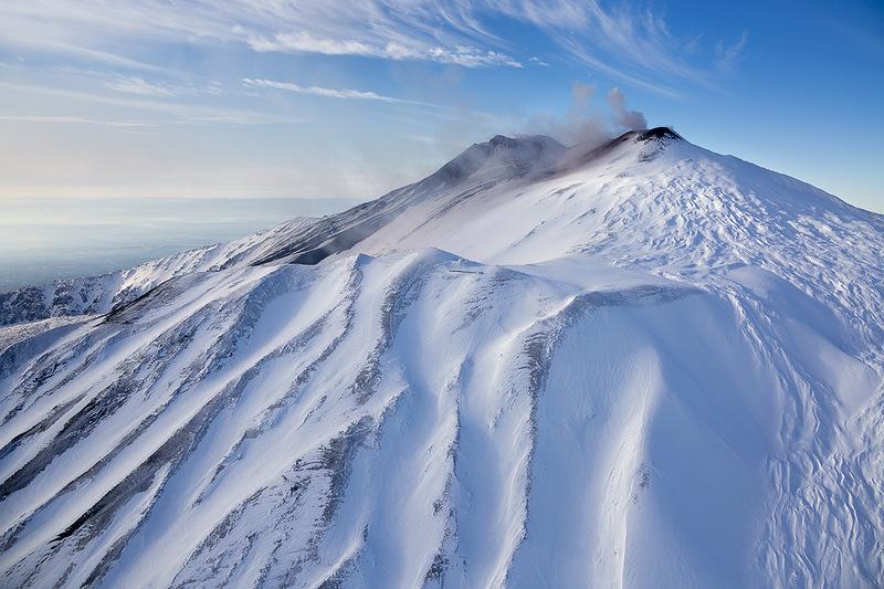 Символ Сицилии, действующий вулкан Этна!