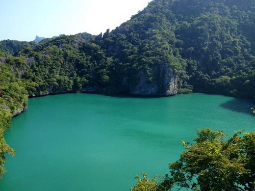 Изумрудное озеро-  Emerald Pool  в Krabi
