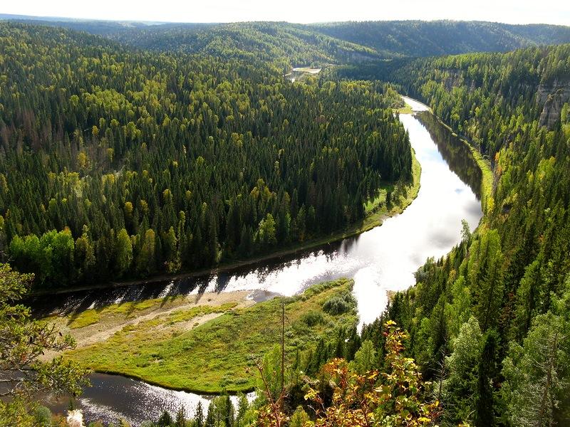 Уральская река Усьва.  Пермский край