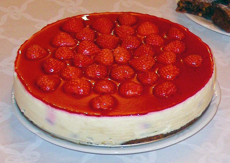 Торт - мусс с ягодами
