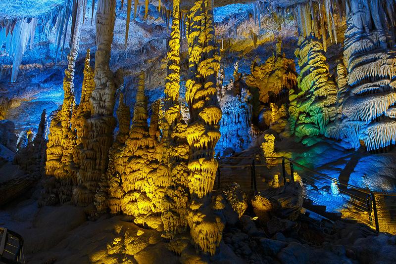 Пещера сталактитов Сорек в Израиле