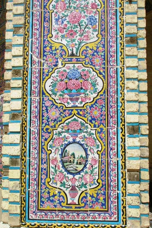 Мечеть роз, или Мечеть Насир-ол Молк в Иране23