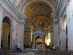 Главный неф базилики свв. Бонифатия и Алексия