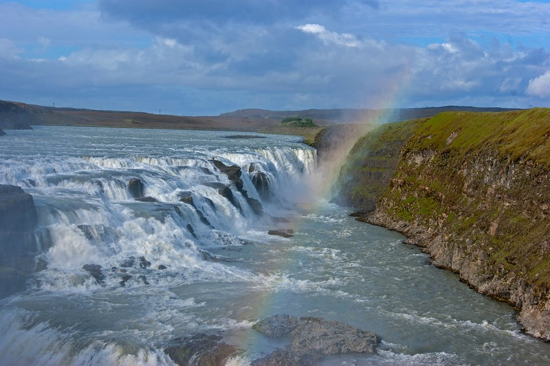 Самые красивые водопады мира (Топ 10). Водопад Гуллфосс (в переводе «золотой водопад»)