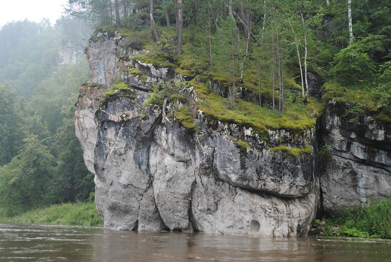 Река Ай на Южном Урале. По Лунной реке