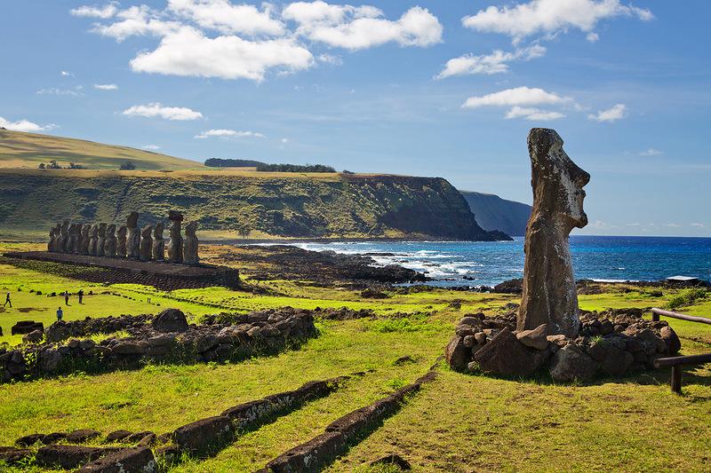 Остров Пасхи. Загадка каменных статуй Моаи
