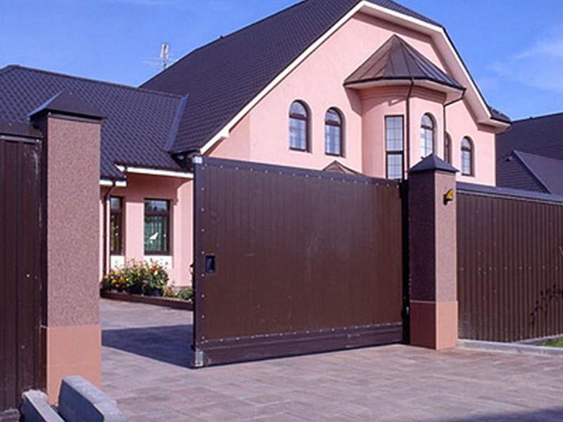 Выбираем забор для дачи и загородного дома