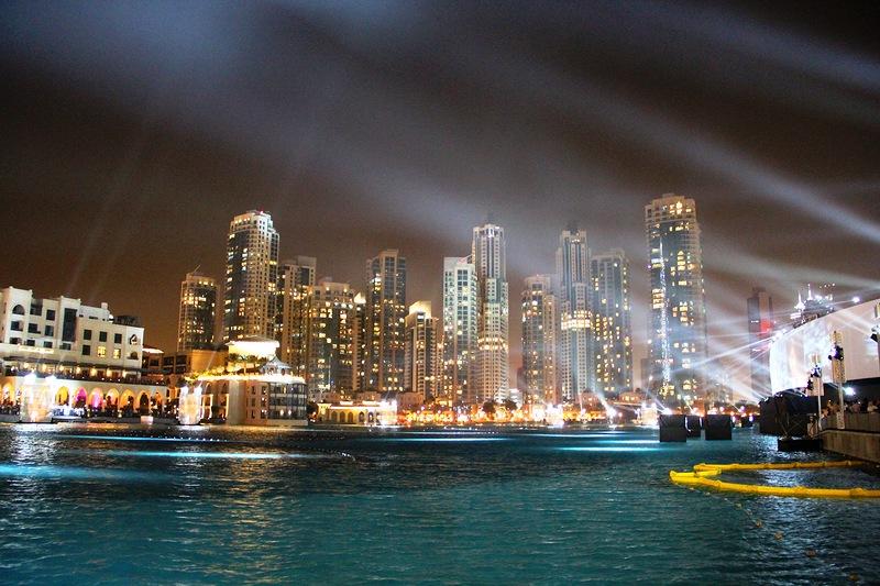 Поющие фонтаны в Дубае. Потрясающее зрелище! 3