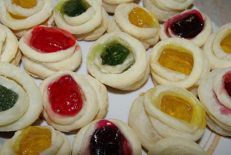 Слоеное печенье с мармеладом