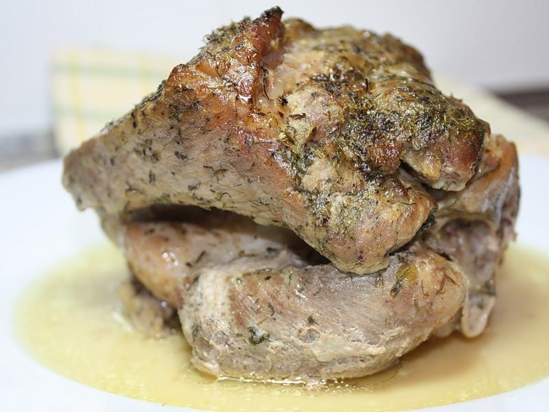Свиная шейка, запечённая в «рукаве»