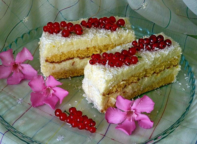 Нежное пирожное на киселе